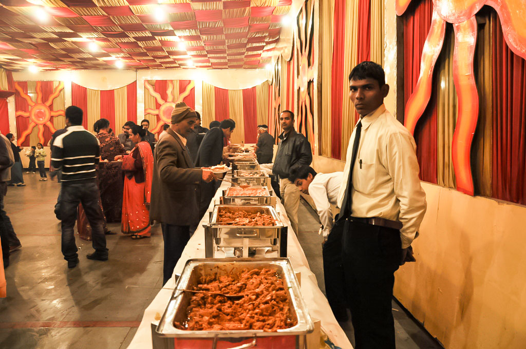 KT Cateres , KT Cateres In Kanpur