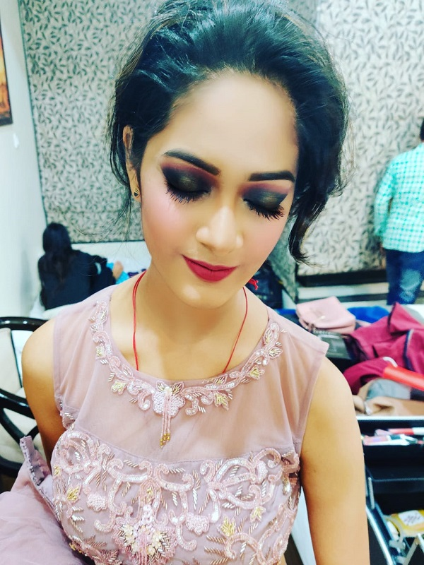 Makeovers by Dazzle , Makeovers by Dazzle In Lucknow