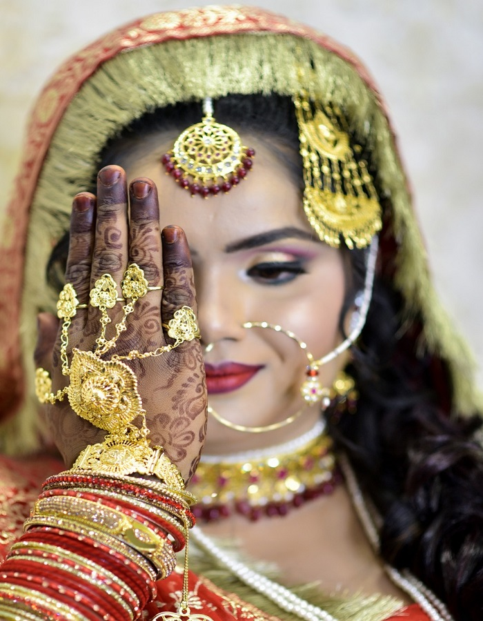 Nidhi Herbal Beauty Parlour , Nidhi Bridal Studio & Salon In Allahabad